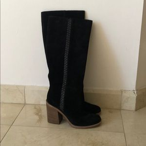 Ugg brand new suede boots